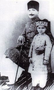 220px-Iqbal_and_son_Javid_in_1930